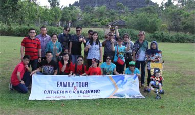 Pak Hartanto Family Tour Jogja