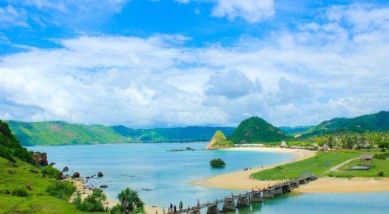 wisata pantai di lombok